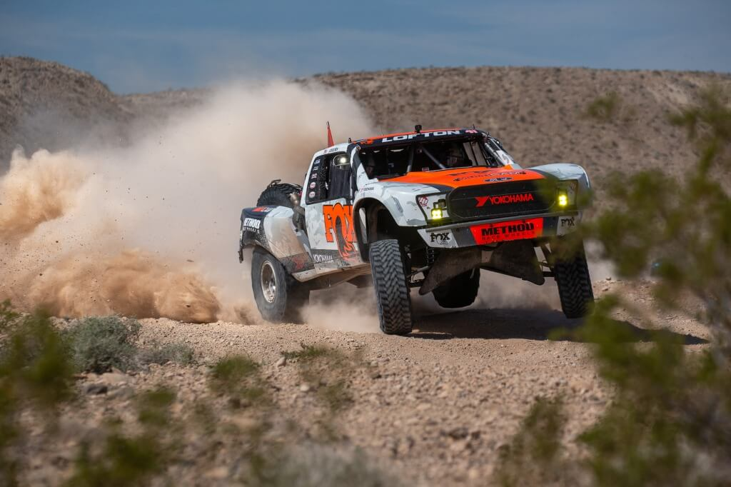 Justin-lofton-unlimited-truck-fox-shocks-method-race-wheels-2